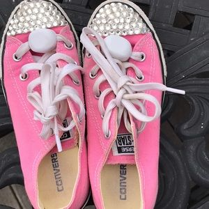 b26b4a7c3f99 Converse · Converse bedazzled size 2 pink
